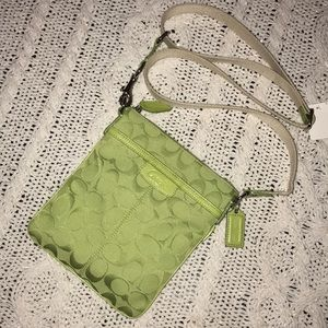 Lime Green Signature COACH Crossbody Purse *NWOT*